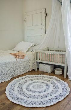 Ellinors Hus    love that rug