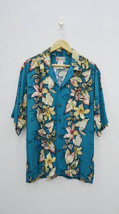 3c8f0a3c6dbf7 HILO HATTIE Shirt Vintage Hilo Hattie The Hawaiian Original Vintage  Hawaiian Shirts