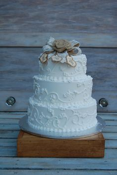 rustic cake stand shabby chic cake stand by myrusticweddings 50 00 cake topper Shabby Chic Cake Stand, Shabby Chic Cakes, Rustic Cake Stands, Wedding Cake Stands, White Cupcakes, Custom Cupcakes, Christening Cake Girls, Baptism Cakes, Rustic Wedding Reception