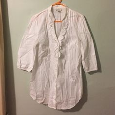"""Can You See Past The Wrinkles? Never worn Ann Taylor blouse with beautiful detail. 32"""" from shoulder seam to the longest part of the hem. Ann Taylor Tops Button Down Shirts"""