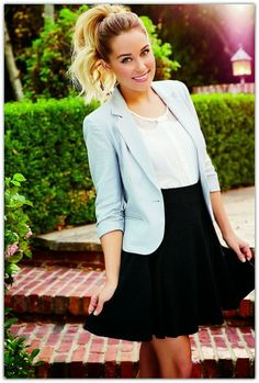 The official site of Lauren Conrad is a VIP Pass. Here you will get insider knowledge on the latest beauty and fashion trends from Lauren Conrad. Work Fashion, Fashion Beauty, Womens Fashion, Fashion Clothes, Petite Fashion, Curvy Fashion, London Fashion, Fashion Fashion, Fashion Outfits