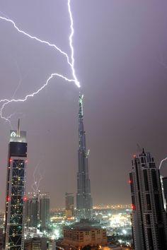 Lightning vs the world's tallest building, the Burj Khalifa, Dubai, UAE