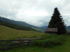 Der erste Wandertag in Österreich war sehr Bewölkt aber einfach zu Wandern. Start: Jugendherberge in Zams Ziel: Riffelseehütte auf 2293m