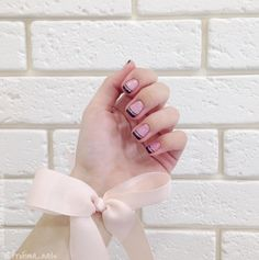20 Stylish Manicure Ideas for Short Nails Nailed It, Nailart, Nail Studio, Short Nails, Nail Colors, Nail Art Designs, Instagram, How To Make, Manicure Ideas