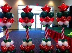 Adorable Christmas Balloon Decor Ideas You Can't Afford To Miss Colonne de ballon rouge, vert et Christmas Party Decorations Diy, Ballon Decorations, Balloon Centerpieces, Xmas Party, Shower Centerpieces, Christmas Parties, Holiday Decor, Christmas Design, Christmas Crafts