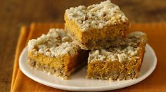 Gluten-Free Pumpkin Streusel Cheesecake Bars No need to say no to dessert while on a gluten-free diet. Try our spicy pumpkin bars made with Betty Crocker® Gluten Free cake mix.
