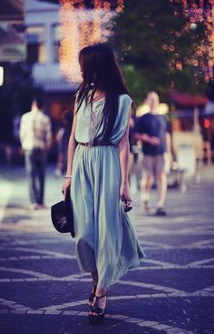 This dress is so romantic. #blue #dress #style #fashion