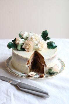 Black tea cake with bramble jam