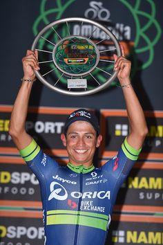 Esteban Chavez wins l Lombardia 2016 Trophy / Tim De Waele Pro Cycling, Grand Tour, World Championship, Tours, Bike, Celebration, Men, Bike Style, Racing
