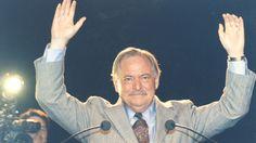 «La plus grande déception que les séparatistes ne pourront jamais avoir de leur vie, c'est de se voir si petit, après avoir entendu dire, dans leur enfance, qu'ils étaient si grand.» - Pierre Bourgault :: LE MÂLE ALPHA QUÉBÉCOIS S'EXPRIME & donne les recettes de succès pour le Québec... http://ici.radio-canada.ca/emissions/le_21e/2014-2015/chronique.asp?idChronique=368454