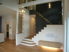 スケルトン階段より箱階段の方が安全?