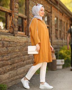 Image may contain: 1 person, shoes Modern Hijab Fashion, Pakistani Fashion Casual, Modesty Fashion, Fashion Mode, Muslim Fashion, Fashion Outfits, Casual Outfits, Fashion Ideas, Mode Turban