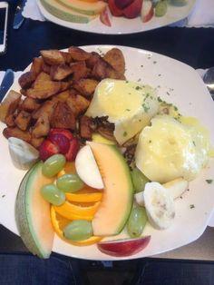 Benedictine la belle province plus! Breakfast, Food, Morning Coffee, Meal, Essen, Hoods, Meals, Morning Breakfast, Eten