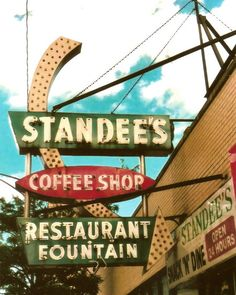 """Chicago Photography, Standee's coffee shop, diner, mid-century vintage sign, 8x10 35mm - """"Standee's Snack 'N' Dine"""" by helenesmith via Etsy #fpoe Chicago Photography, Vintage Photography, Coffee Photography, Chicago Art, Chicago Photos, Edgewater Chicago, Diner Sign, Blade Sign, Vintage Diner"""