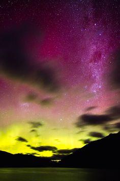 Aurora Australis (The Southern Lights) - Queenstown, New Zealand