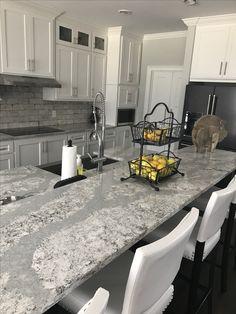 46 Inspiring Cambria Countertops Design Ideas For Kitchen - Modern Cambria Quartz Countertops, New Countertops, Bathroom Countertops, Easy Home Decor, Home Decor Kitchen, Kitchen Ideas, Kitchen Inspiration, Kitchen Planning, Condo Kitchen