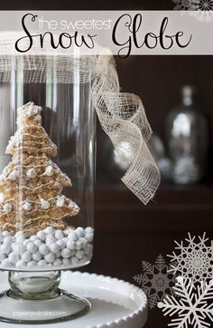 DIY Feature: The Sweetest Snow Globe - Learn how to make an edible snow globe from Paper & Cake #edible #snow #globe #winter #crafts #DIY