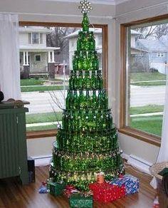 Árbol de Navidad de botellas de vidrio #Manualidades #Reciclaje #Navidad