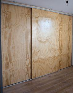 Underlayment cupboard with sliding doors – Salazo - Raumteiler Sliding Wardrobe Doors, Sliding Patio Doors, Built In Wardrobe, Door Design, House Design, Garage Storage Cabinets, Modern Tiny House, Diy Furniture, New Homes