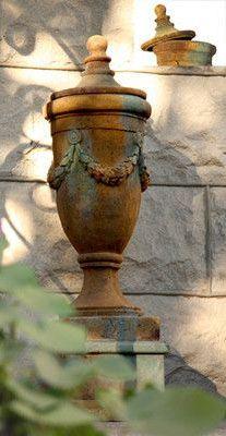 Urn of San Marino with Lid Planter