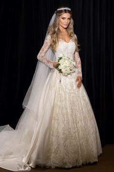 Tem Para Todos Os Gostos e Estilos. Escolha Já O Seu Vestido de Noiva!