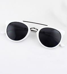 Black Lenses White Round Sunglasses - Sheinside.com