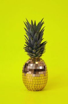 disco pineapple - I WILL figure out how to make one.