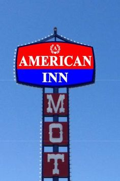 American Inn Las Vegas (Nevada) Located 13 minutes' drive from CityCenter on the Las Vegas Strip, this motel offers free Wi-Fi in all rooms. Fremont Street Experience is 9 km away.  Each room provides a desk, a cable TV and an en suite bathroom.
