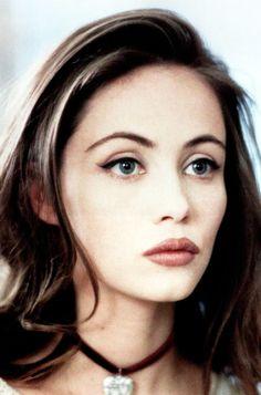 Emmanuelle Béart, 1990s. http://antiagingsuperfruits.com/