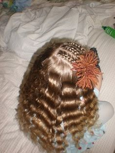Girl Hairdos & Ideas: down do's
