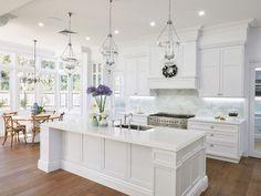 Impressive 46 Luxury White Kitchen Design Ideas To Get Elegant Look