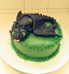Toothless cake from How to train your dragon