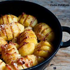Νόστιμα και εύκολα μπουρεκάκια, με τη γλύκα του πράσου και του ανθότυρου!    Υλικά: (για περίπου 30 τεμάχια)    1...