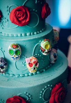 El diá de los muertos cake // Red Trolley Studio