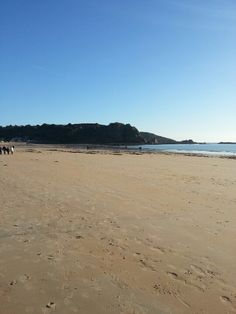 St Brelade beach Jersey Channel Islands, Sandy Beaches, Home And Away, Geography, Water, Outdoor, Beautiful, Normandie, Gripe Water