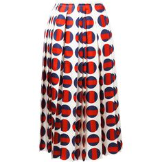 Gucci polka-dot pleated skirt (514.645 HUF) ❤ liked on Polyvore featuring skirts, bottoms, red, red polka dot skirt, knee length pleated skirt, white knee length skirt, gucci and polka dot skirts