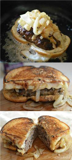 Patty Melt Recipe - Grilled Cheesy Burger Sandwich - - Recipes to Cook - Deli Sandwiches, Grilled Sandwich, Soup And Sandwich, Sandwich Recipes, Vegan Sandwiches, Chicken Sandwich, I Love Food, Good Food, Yummy Food