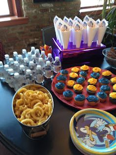 Sonic the Hedgehog birthday party ideas. Perfect for my son's 5th birthday this year :)