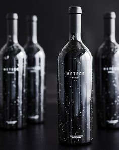 ckani: I merlot…and with this packaging? I'm dying to get my hands on a bottle to see what it tastes like. Yes, I'm a sucker for design. Packaging Box, Beverage Packaging, Brand Packaging, Packaging Design, Coffee Packaging, Packaging Inspiration, Wine Label Design, Wine Bottle Design, In Vino Veritas