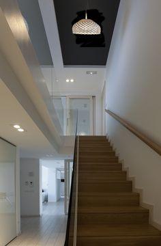 Liking the Flos Tatou suspension light (http://www.cimmermann.co.uk/product/flos_tatou_s2_suspension_light/)