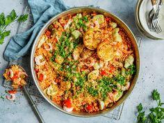 Paella med kylling og reker | Oppskrift - MatPrat Scampi, Chorizo, Paella, Vegetable Pizza, Quiche, Vegetables, Breakfast, Ethnic Recipes, Food