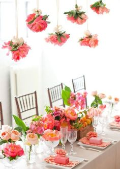 Oh. So beautiful. So many flowers. Spring party or just a useful reminder to have flowers in the house!!!
