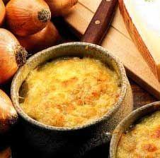 Receitas - Sopa de cebola gratinada com queijo gruyère - Petiscos.com