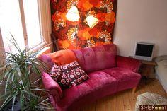 soffa,golvlampa,tyg,kuddar,retro