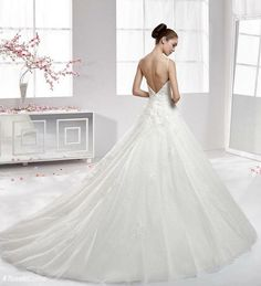 #TosettiComo #TosettiSposa #AlessandroTosetti #abitiDaSposa2016 #wedding  Abito Aurora.              Prova il tuo abito dei sogni da noi 0039031272396 ino@tosettisposa.it https://www.facebook.com/media/set/?set=a.1030054937025220.1073741854.457237604306959&type=3