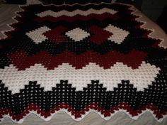 Drop in the Pond Crochet Afghan USC colors http://www.freewebs.com/bethintx/dropinthepondlaprobe.htm