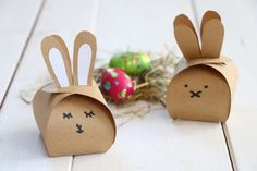 Presents For Her, Easter Printables, Toys Shop, Xmas Gifts, Happy Easter, Stuff To Do, Crafts For Kids, Place Card Holders, Diys
