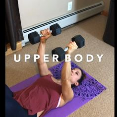 Strengthening using dumbbells to shape your Body - Fitness - Fitness Workouts, Yoga Fitness, At Home Workouts, Fitness Tips, Fitness Motivation, Muscle Fitness, Chest Workout Women, Workout Bauch, Dumbbell Workout