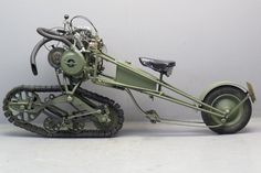 Because everyone wants to ride an outboard motor / tiller combo. Mercier 1937 Moto Chenille 350cc 1 cyl ohv