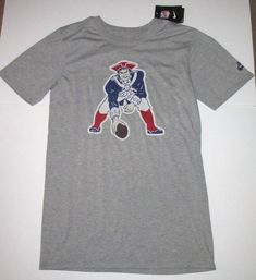 Nike New England Patriots Historic Logo Shirt Mens S Grey  Nike   NewEnglandPatriots Retro Logos 61534c34d